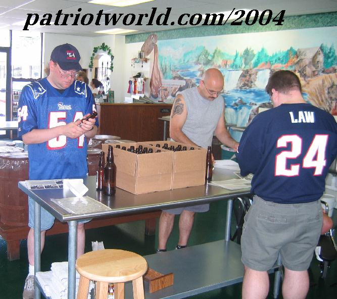 ~Patriotworld.com~Home Of 2003 Patriots Fan Of The Year